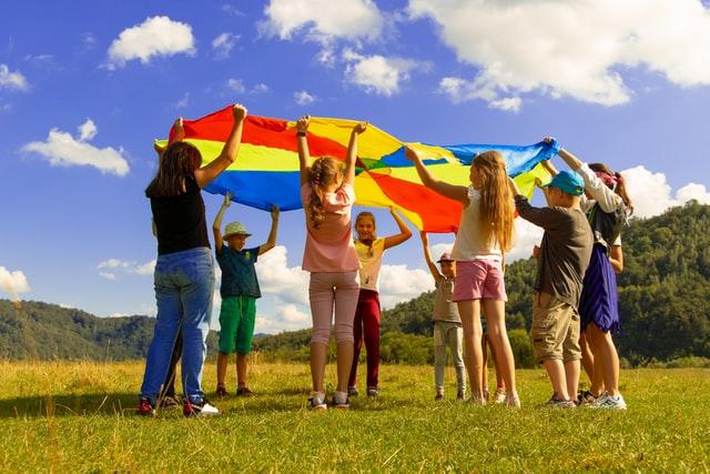 przykłady zabaw integracyjnych dla dzieci